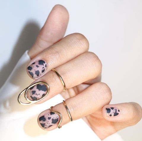Бонус: украшения за нокти