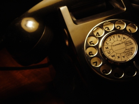 !!! ФАКТИ !!! Old-time-telephone_1