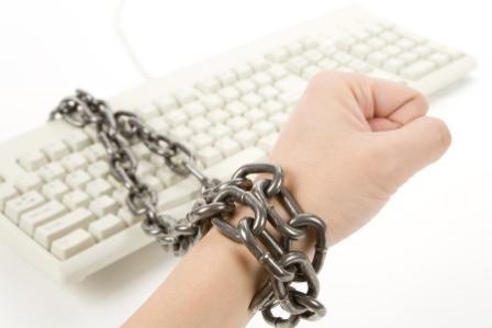 14 признака, че прекарвате прекалено много време в Интернет