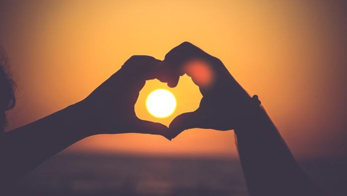 За да бъдеш обичан, трябва първо да обичаш... себе си