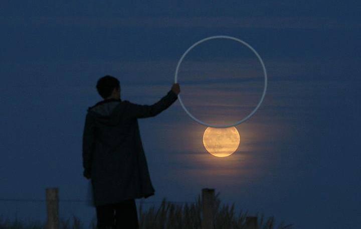 Невероятни снимки на Луната