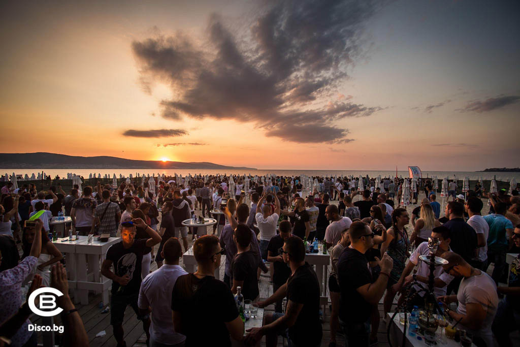 July Morning в Cacao Beach Club