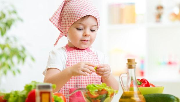 9 начина да научиш детето си да обича плодове и зеленчуци